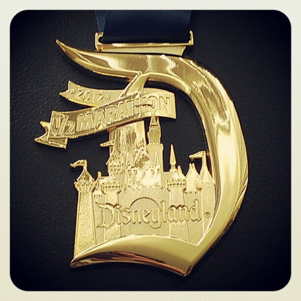 Disneyland_Half_Marathon_Medal_2012