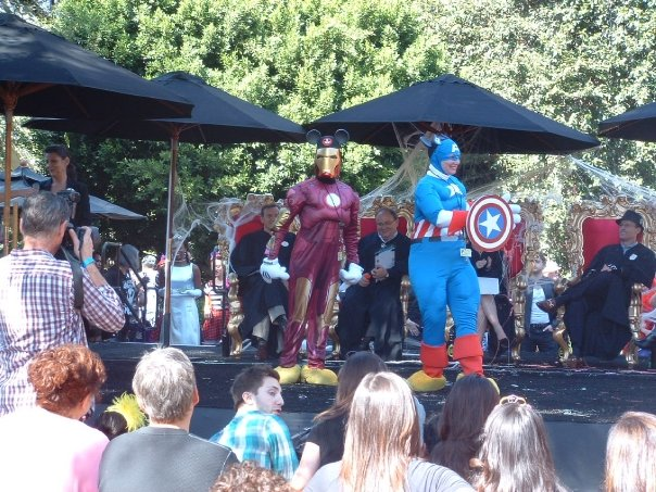 In Halloween 2009, Iron Man and Captain America show they can fit in at Disney