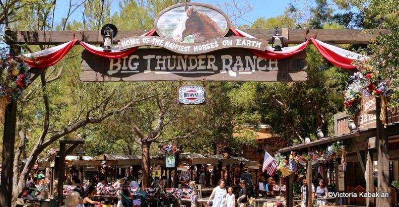 Big-Thunder-Ranch-BBQ-1-Entrance