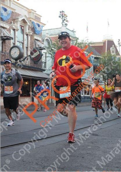 Running up Main Street 10K