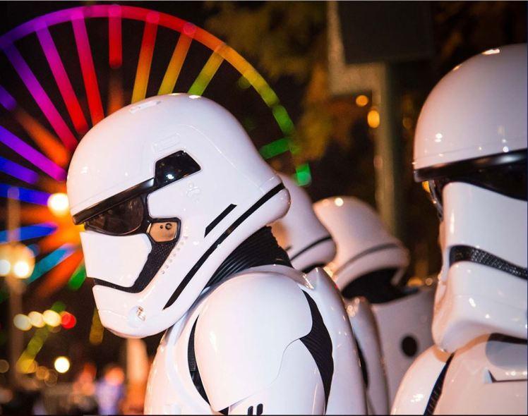 2017-star-wars-half-marathon-storm-troopers
